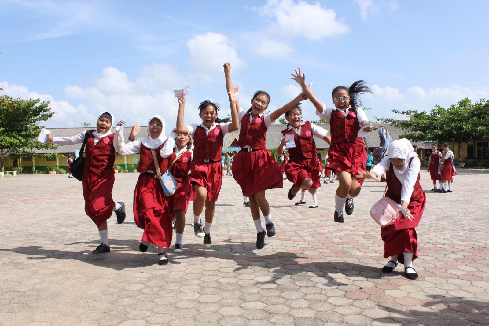 Indonesia anak sma kelas 1 - 3 part 9